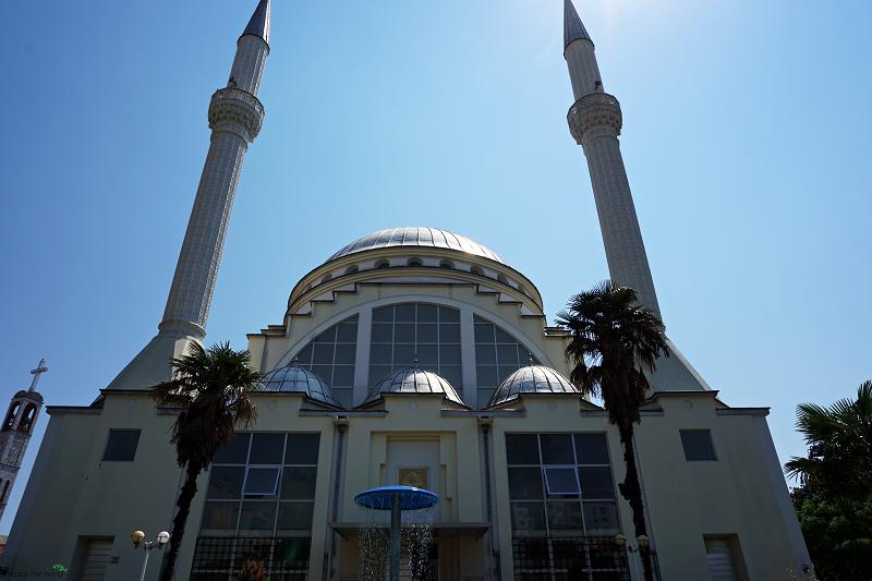 moschea_ebu_beker_Scutari