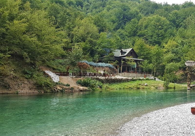 Blini Park a shala River sul lago di Koman