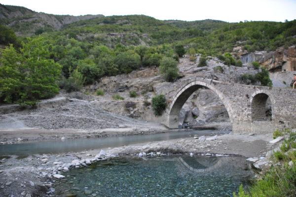 ponte katiu permet
