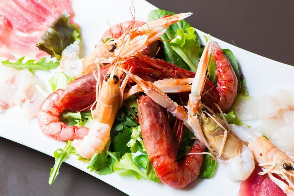 Dove mangiare a Tirana, Delicatezze di mare pesce crudo