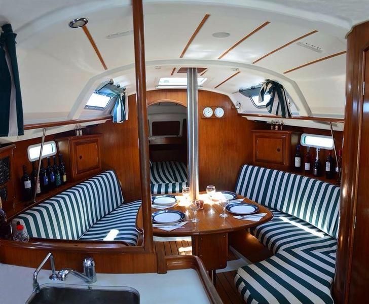 crociera in barca a vela in Albania, barca a vela interno