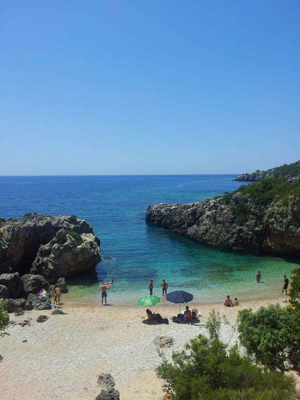 Vacanze in Albania, Jeep Albania, Saranda cosa fare, spiaggia acquario Jala