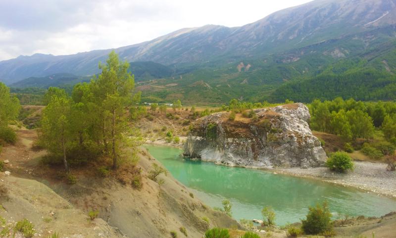 Prima vacanza in Albania, strada verso Permet