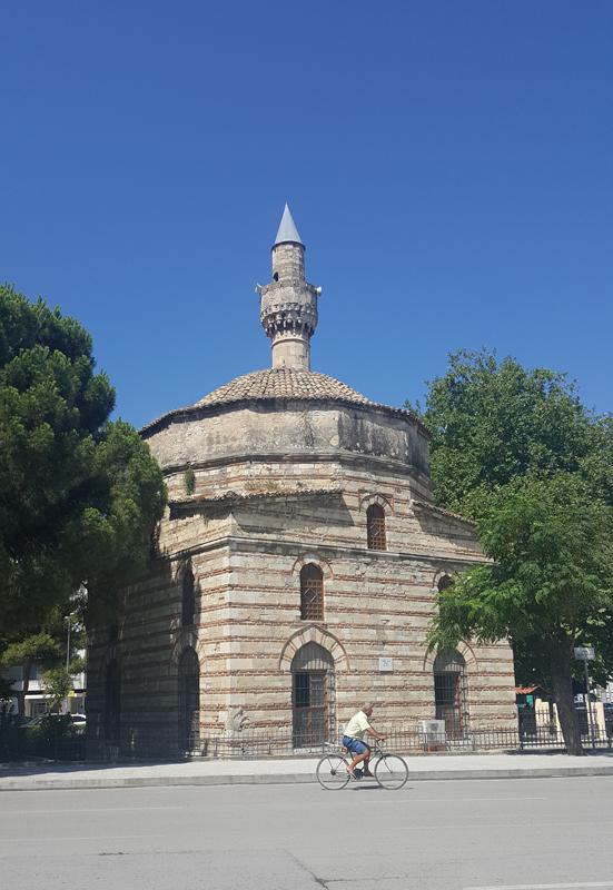 Visitare Valona Moschea Muradie