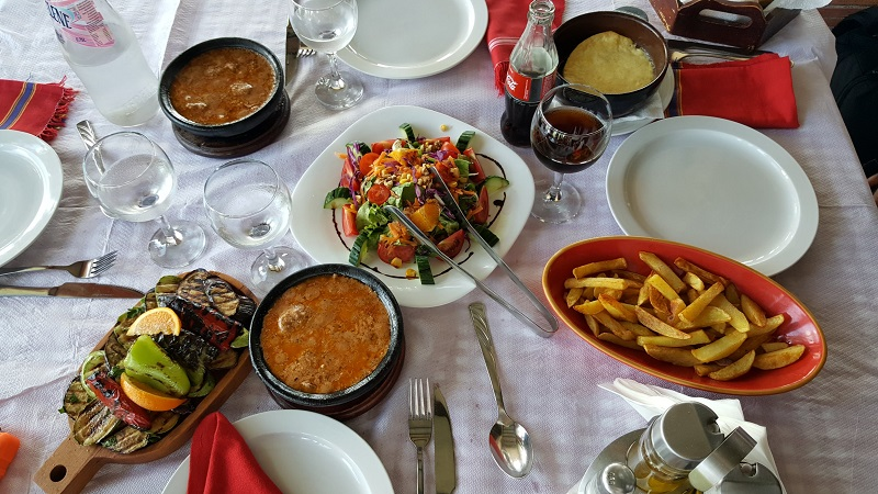 week end a Tirana, pranzo tradizionale