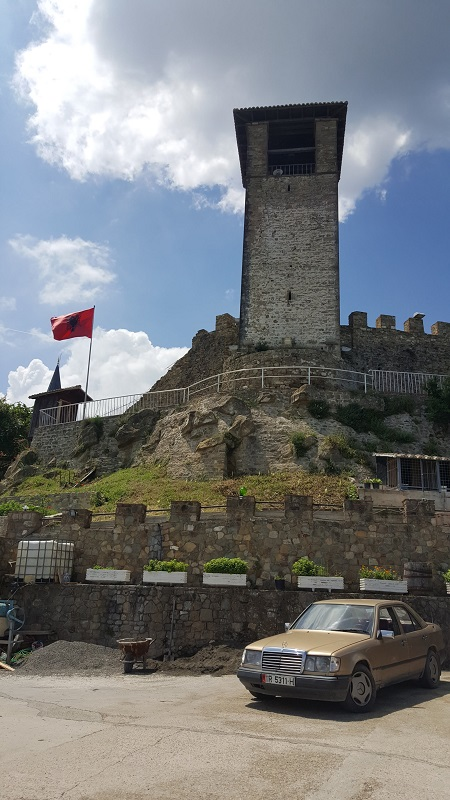 week end a Tirana castello di Preza