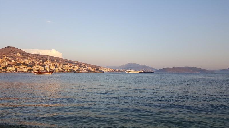 Vacanze a Saranda, tramonto sul mare