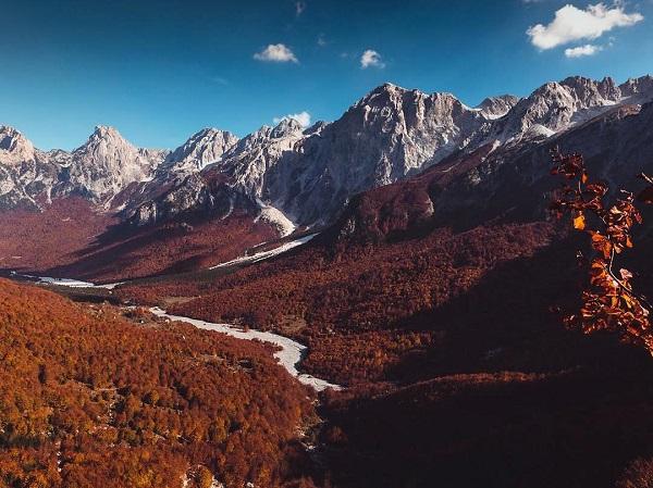 Autunno in Albania, foliage, Parco nazionale di Valbona, Valbona Valley