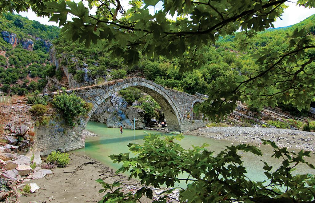 Ponte Permet tour Albania