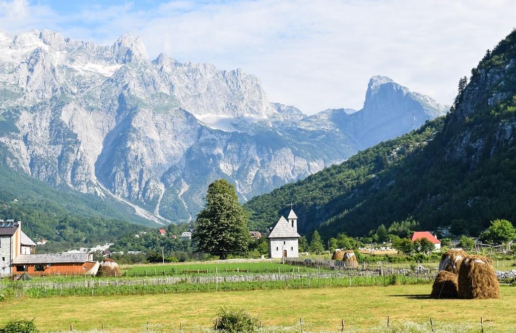 Theth Albania Alpi albanesi