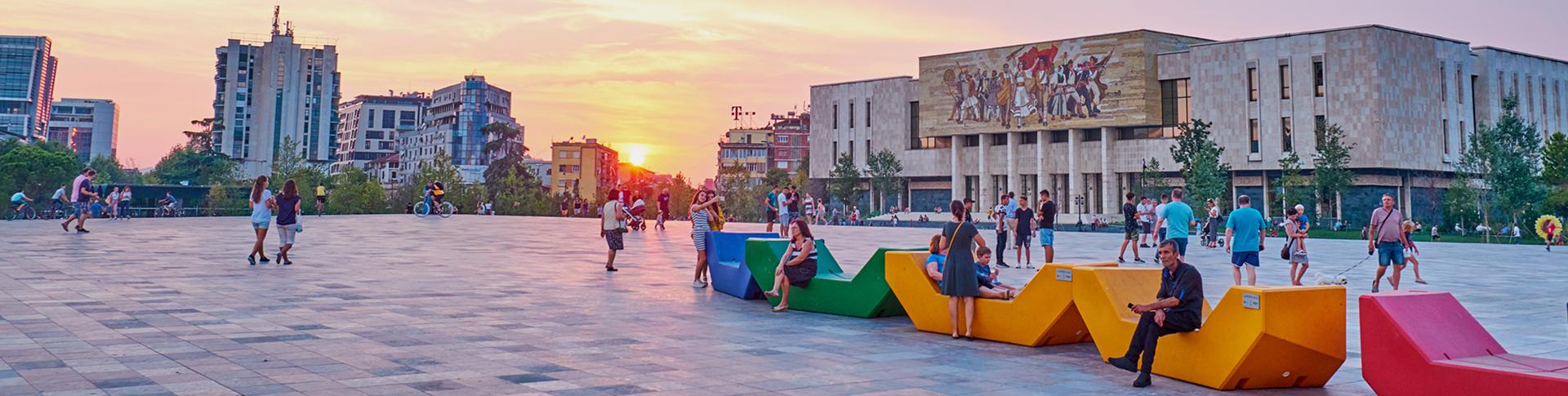Piazza Skanderbeg Tirana